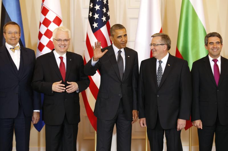 U.S. President Barack Obama takes part in a group photo following a meeting with Central and Eastern European Leaders at the Presidential Palace in Warsaw June 3, 2014. Obama promised on Tuesday to beef up military support for eastern European members of the NATO alliance who fear they could be next in the firing line after the Kremlin's intervention in Ukraine. From (L-R): Estonia's President Toomas Hendrik Ilves, Croatia's President Ivo Josipovic, U.S. President Barack Obama, Poland's President Bronislaw Komorowski and Bulgaria's President Rosen Plevneliev. 