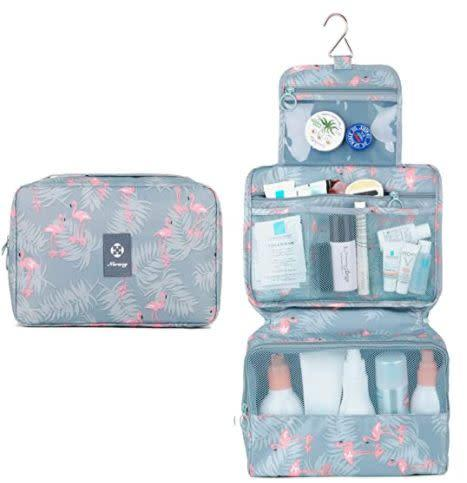 "Find this Narwey Hanging Travel Toiletry Bag for $10 on <a href=""https://amzn.to/2CRR1Ou"" rel=""nofollow noopener"" target=""_blank"" data-ylk=""slk:Amazon"" class=""link rapid-noclick-resp"">Amazon</a>."