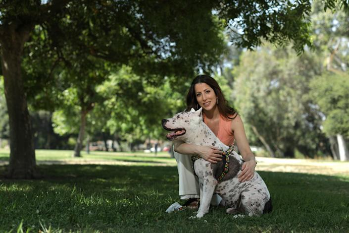 Natalia Soto is a veterinarian who raised concerns about Marc Ching giving bad medical advice to pet owners.