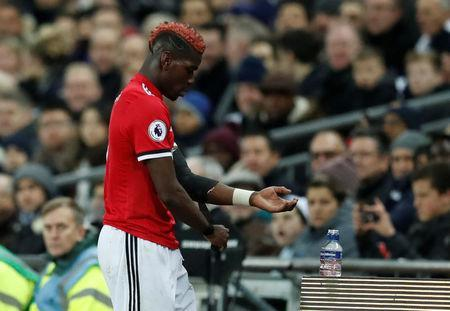 Soccer Football - Premier League - Tottenham Hotspur vs Manchester United - Wembley Stadium, London, Britain - January 31, 2018 Manchester United's Paul Pogba looks dejected as he is substituted REUTERS/Eddie Keogh