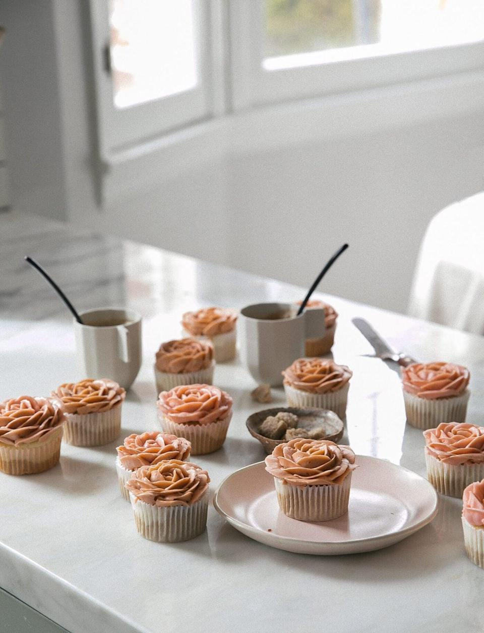 "<p>Tell us, have you ever seen anything as sweet as these? The buttercream frosting is enough to make anyone drool, but add a rich cappuccino base, and all bets are off. Enjoy these with a cup of black coffee to really give 'em a kick.</p> <p><strong>Get the recipe</strong>: <a href=""https://www.acozykitchen.com/cappuccino-flavored-rose-cupcakes"" class=""link rapid-noclick-resp"" rel=""nofollow noopener"" target=""_blank"" data-ylk=""slk:cappuccino-flavored rose cupcakes"">cappuccino-flavored rose cupcakes</a></p>"