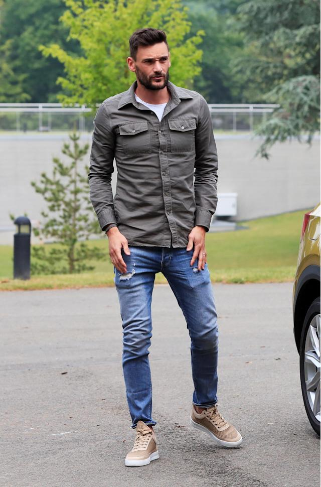 Soccer Football - FIFA World Cup - France Training - Domaine de Montjoye, Clairefontaine, France - May 23, 2018 France's Hugo Lloris arrives REUTERS/Gonzalo Fuentes