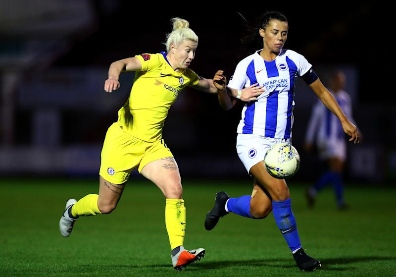 CRAWLEY, WEST SUSSEX - DECEMBER 09: Beth England of Chelsea Women battles with Laura Rafferty of Brighton and Hove Albion Women during the FA WSL match between Brighton and Hove Albion and Chelsea Women at Checkatrade.com Stadium on December 9, 2018 in Crawley, West Sussex. (Photo by Jordan Mansfield/Getty Images)