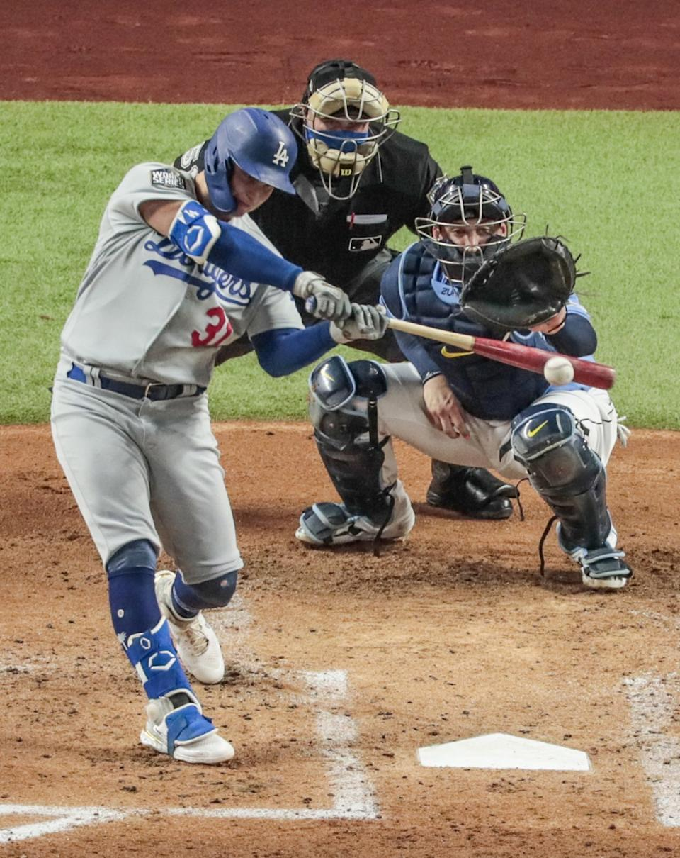 Joc Pederson homers for the Dodgers in the second inning of a 4-2 win over the Tampa Bay Rays.