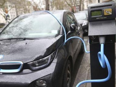 Govt may impose higher tax on petrol and diesel cars to cut FAME scheme burden, boost electric vehicles' sale