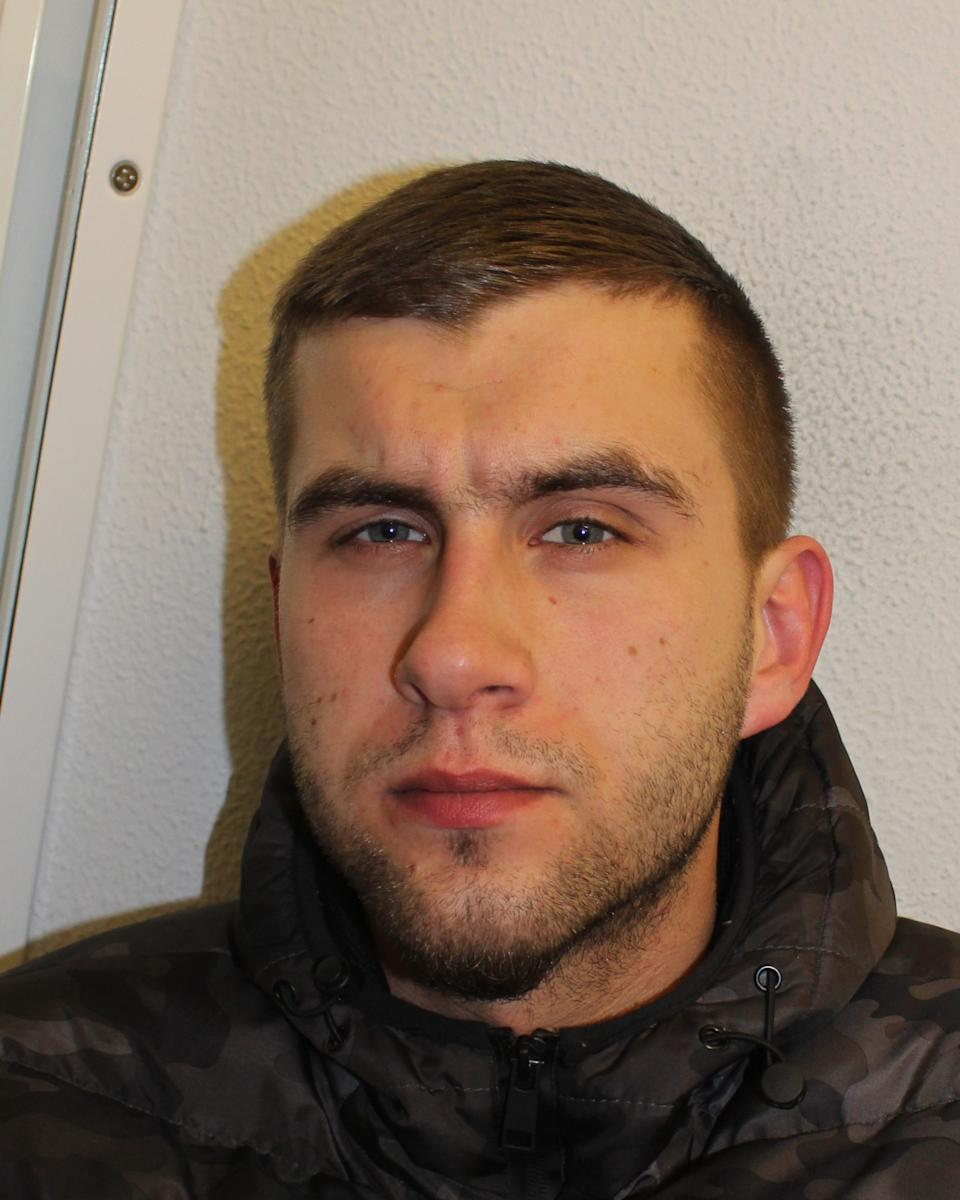 Erlandos Vyte would call up to book an appointment with the women (Picture: Met Police)