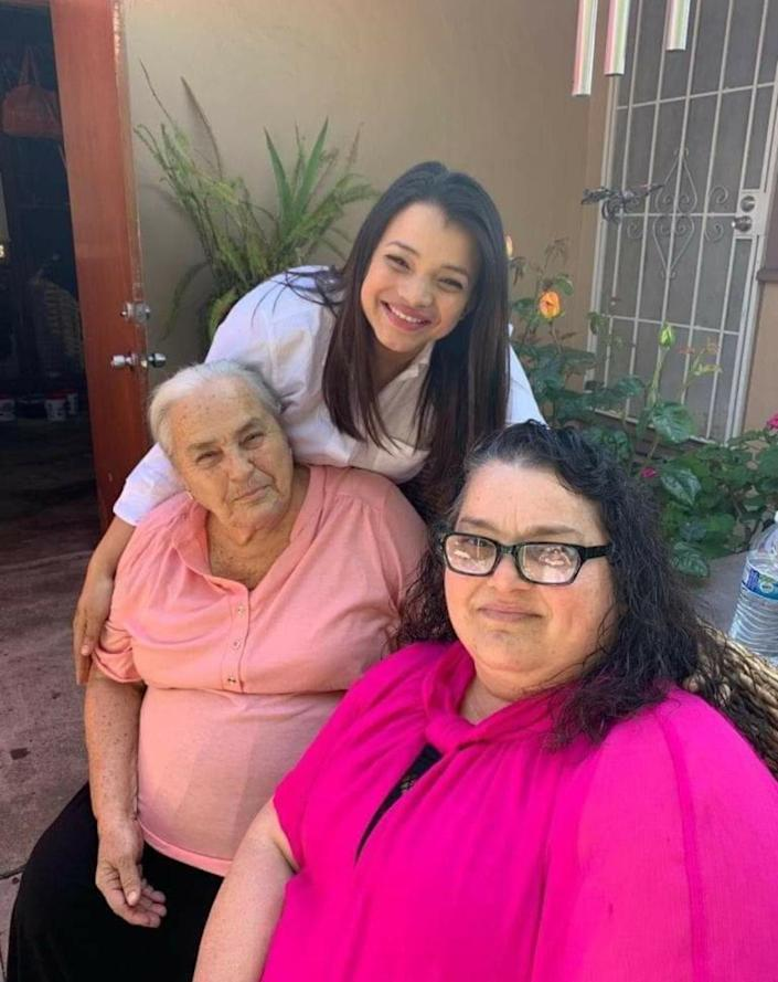 IMAGE: Angely Rodriguez Lambert with her grandmother and her aunt (Courtesy Angely Rodriguez Lambert)