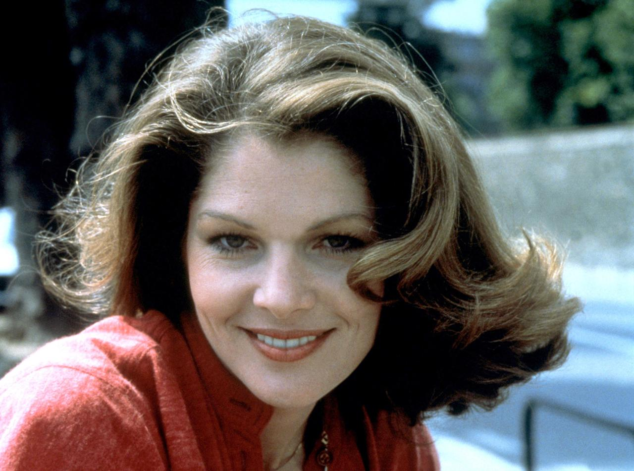 """DR. HOLLY GOODHEAD   MOVIE: <a href=""""http://movies.yahoo.com/movie/1800096934/info"""">Moonraker</a>  ACTRESS: <a href=""""http://movies.yahoo.com/movie/contributor/1800049442"""">Lois Chiles</a>  ALLEGIANCE: Undercover CIA agent.  LAST SEEN: Practicing zero-gravity physics with Bond on a Space Shuttle.  SPECIAL SKILLS: NASA astronaut, astrophysicist, Vassar graduate. Has a really silly name."""