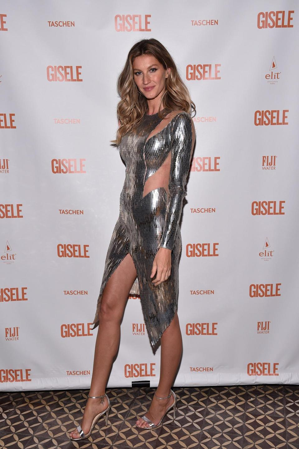 <p>The 36-year-old has made more money than any other model since 2002 thanks to lucrative deals with the likes of Chanel. <i>[Photo: Getty]</i><br></p>