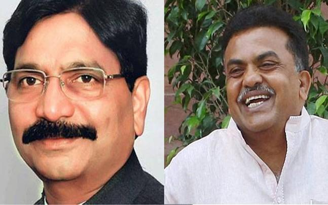 <p>Shiv Sena leader Ravidnra Waikar has filed a defamation suit worth Rs 25 crore against Congress leader Sanjay Nirupam.</p><p> </p><p> </p>