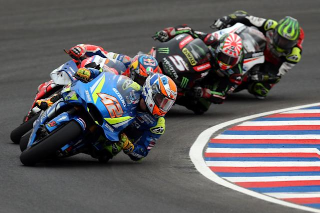 Motorcycle Racing - Argentina Motorcycle Grand Prix - MotoGP race - Termas de Rio Hondo, Argentina - April 8, 2018 - Team Suzuki Ecstar rider Alex Rins (42) of Spain, Alma Pramac Racing rider Jack Miller of Australia, Monster Yamaha Tech 3 rider Johann Zarco (5) of France and LCR Honda Castrol rider Cal Crutchlow of Britain compete. REUTERS/Marcos Brindicci