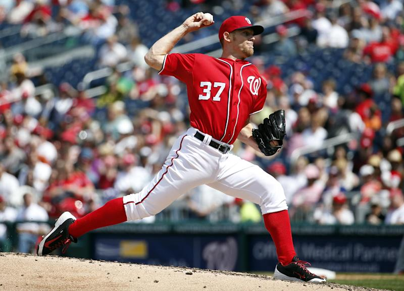 Washington Nationals starting pitcher Stephen Strasburg throws during the fourth inning of a baseball game against the St. Louis Cardinals Sunday, April 20, 2014, in Washington. (AP Photo/Alex Brandon)