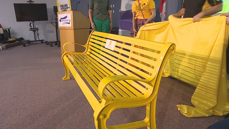 Saving lives through 'hello': Regina welcomes province's 1st Yellow Friendship Bench