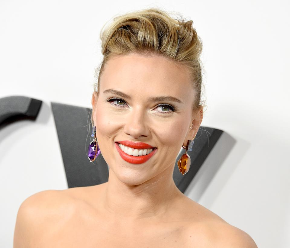 """LOS ANGELES, CA - NOVEMBER 05:  Scarlett Johansson arrives at the Premiere Of Netflix's """"Marriage Story"""" at DGA Theater on November 5, 2019 in Los Angeles, California.  (Photo by Gregg DeGuire/FilmMagic)"""