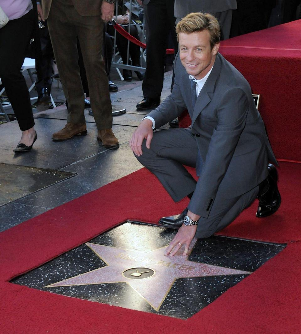 """<p><em>The Mentalist</em> was in its fifth season. It was presented to him by Bruno Heller (the show's executive producer) and Naomi Watts on Valentine's Day. He made sure to thank his co-star Robin Tunney, saying she made going to work every day a """"joy."""" And even <a href=""""https://www.youtube.com/watch?v=xmJYqNJfFtM"""" rel=""""nofollow noopener"""" target=""""_blank"""" data-ylk=""""slk:teared up"""" class=""""link rapid-noclick-resp"""">teared up</a> thanking his friends for inspiring him with their work and his wife for her support.</p>"""