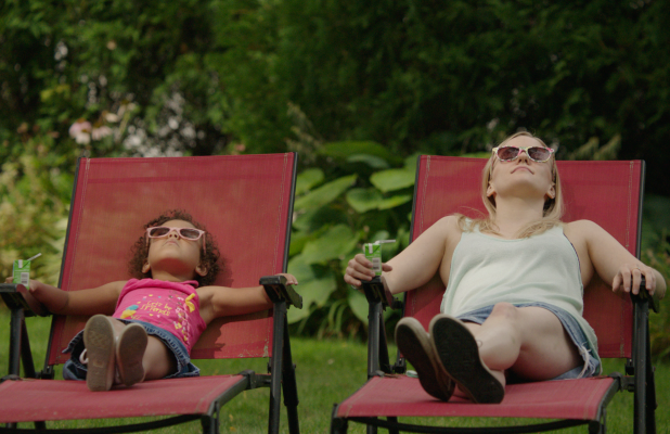 'Saint Frances' Film Review: Unhappy Millennial Matures While Caring for Kindergartner in Festival Fave