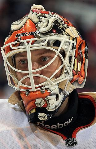 Viktor Fasth signs 2-year extension with Anaheim Ducks after just 9 games e920291b1