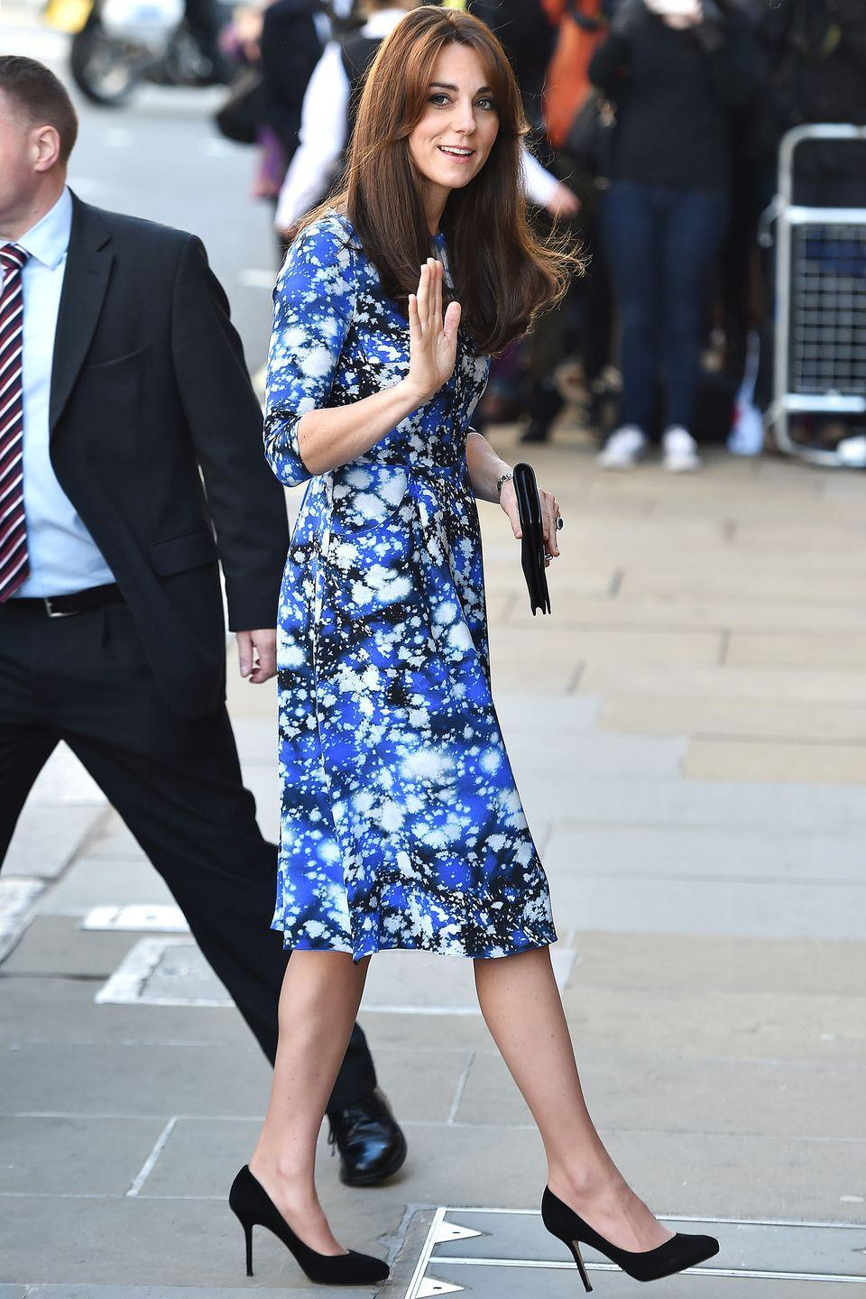 <p>The Duchess of Cambridge attends a movie premiere in a Tabitha Webb dress.</p>