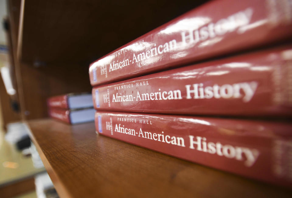 School textbooks in 7 states don't mention slavery.  (Photo: Getty)
