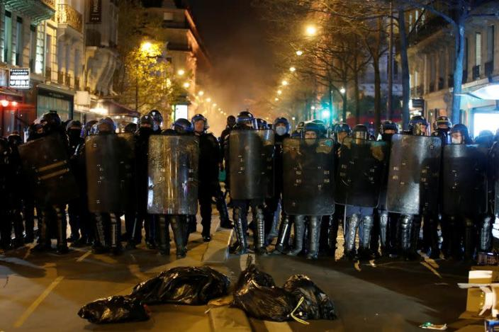 FILE PHOTO: Protest after police cleared out new Paris migrant camp
