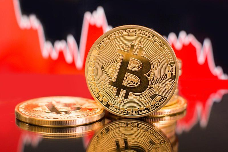 The bitcoin price will plunge again because its latest rally was fueled by a dead cat bounce, says Motley Fool crypto blogger. | Source: Shutterstock