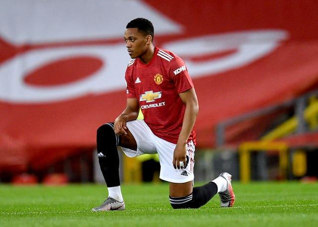 Anthony Martial is still struggling with a knee injury