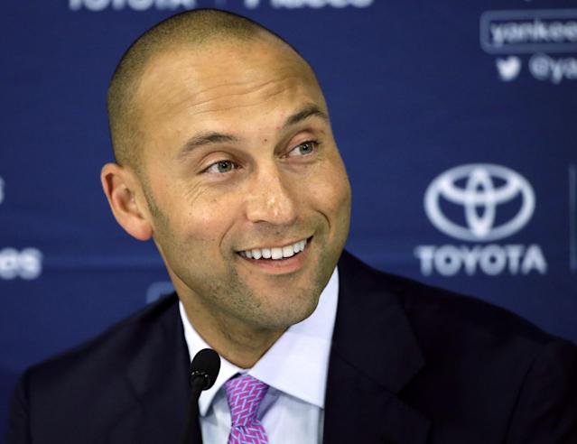 Derek Jeter is teaming with Jeb Bush to buy the Marlins. (AP Photo)