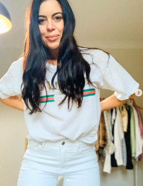 Mum wearing white Best& Less $20 ankle grazer skinny jeans news spring look jeans with Gucci T-shirt