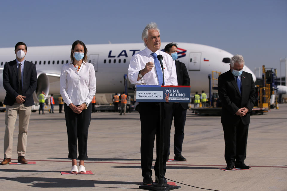 Chile's President Sebastian Pinera speaks after the arrival of almost 2 million dosages of the CoronaVac vaccine developed by Sinovac at Santiago's International Airport on January 28, 2021. (Photo by JAVIER TORRES / AFP) (Photo by JAVIER TORRES/AFP via Getty Images)