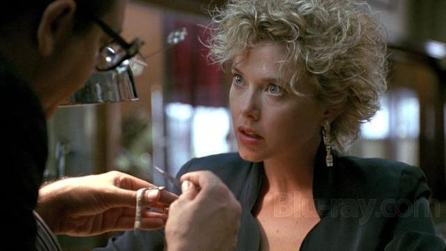 Annette Bening in <em>The Grifters</em>. (Miramax)