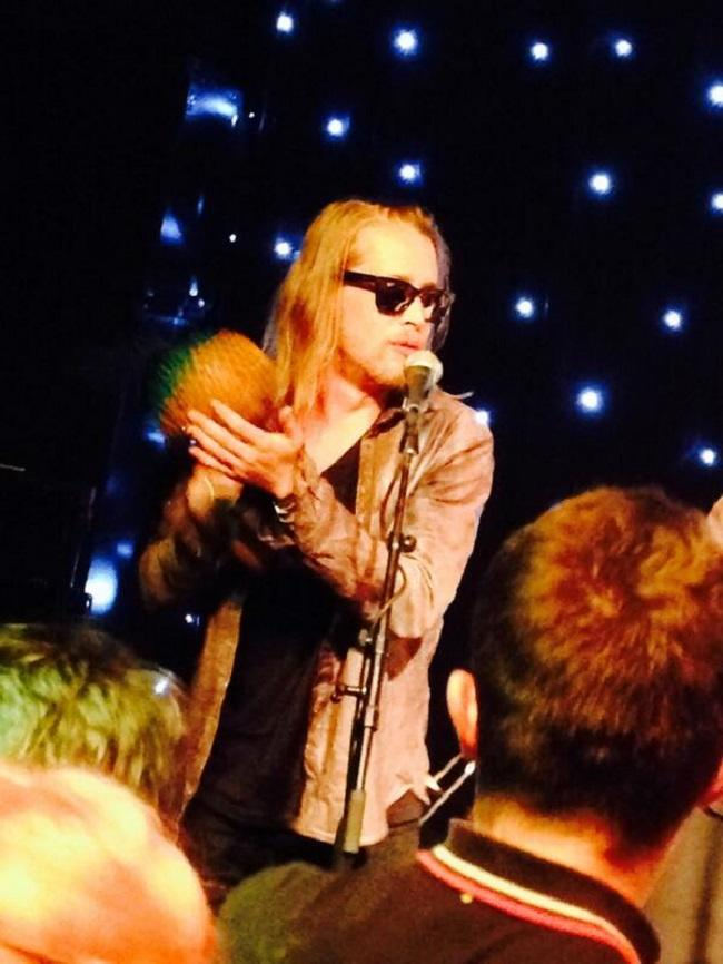 Macaulay Culkin Storms Off Stage in Manchester After Crowd Haul Food Missiles