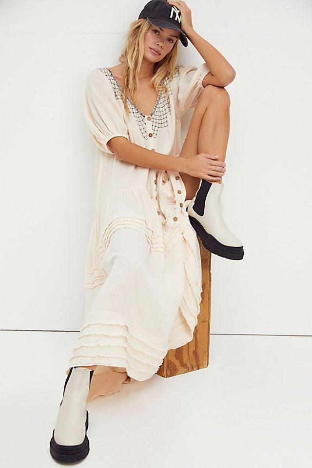 """<br><br><strong>Free People</strong> Sunday Stroll Maxi Dress, $, available at <a href=""""https://go.skimresources.com/?id=30283X879131&url=https%3A%2F%2Fwww.freepeople.com%2Fshop%2Fsunday-stroll-maxi-dress%2F"""" rel=""""nofollow noopener"""" target=""""_blank"""" data-ylk=""""slk:Free People"""" class=""""link rapid-noclick-resp"""">Free People</a>"""