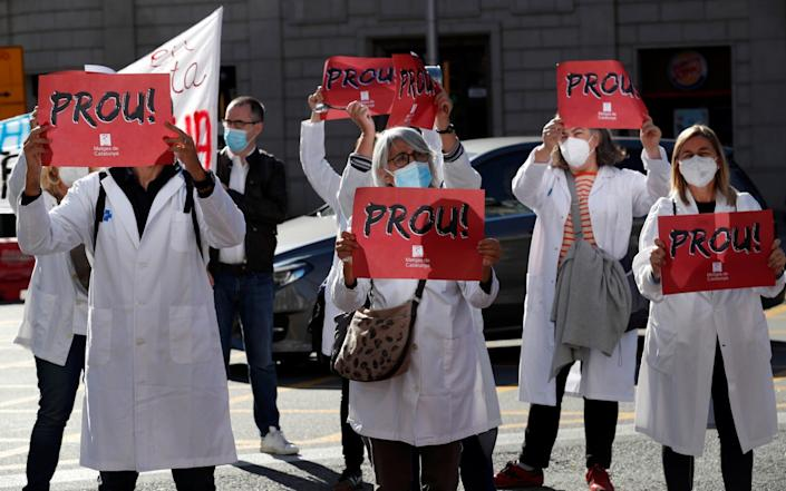 Catalan primary health doctors protest on the first day of a four-day strike in Barcelona to demand better working conditions amid the coronavirus disease - Albert Gea/Reuters