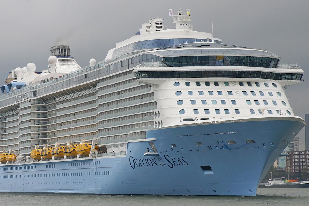200 Royal Caribbean cruise passengers struck down with gastro-intestinal illness