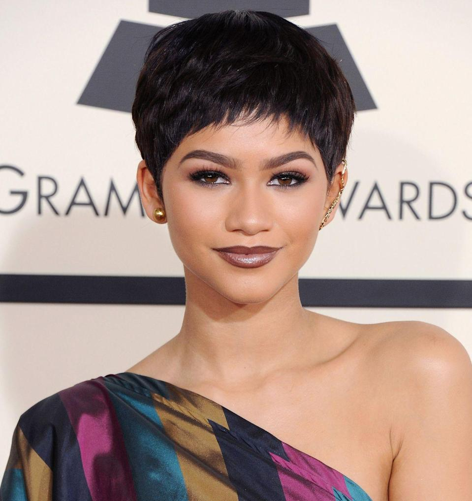 <p>A choppy pixie, smoky eye, and moody ombre lips stole the show at the 57th Grammy Awards. </p>