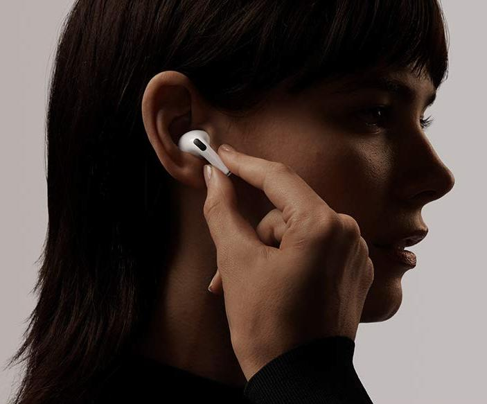 Get the newest Apple AirPods Pro on sale for just $220. (Photo: Apple)