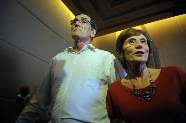 The brother and sister of freed Australian Warren Rodwell give a press conference in Manila on March 25, 2013. Denise Cappello (R) called for his captors to be brought to justice