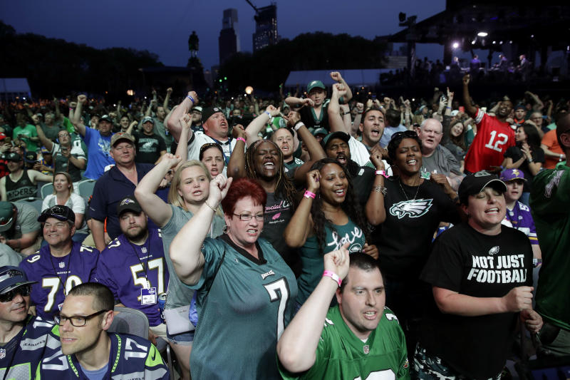 Road show: Most NFL teams interested in hosting draft