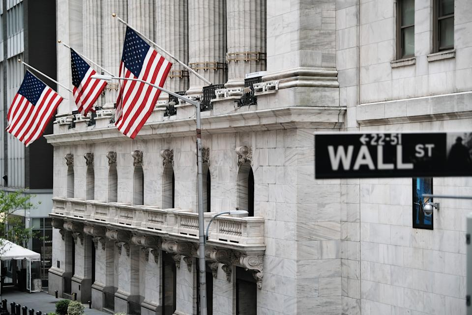NEW YORK, NEW YORK - MAY 11: The New York Stock Exchange stands in lower Manhattan after global stocks fell as concerns mount that rising inflation will prompt central banks to tighten monetary policy on May 11, 2021 in New York City. By mid afternoon the tech-heavy Nasdaq Composite had lost 0.6% after falling 2.2% at its session low.  (Photo by Spencer Platt/Getty Images)