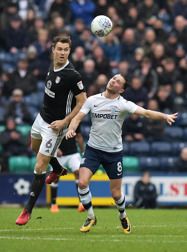 "Soccer Football - Championship - Preston North End vs Fulham - Deepdale, Preston, Britain - March 10, 2018 PrestonÕs Alan Browne in action with FulhamÕs Kevin McDonald Action Images/Paul Burrows EDITORIAL USE ONLY. No use with unauthorized audio, video, data, fixture lists, club/league logos or ""live"" services. Online in-match use limited to 75 images, no video emulation. No use in betting, games or single club/league/player publications. Please contact your account representative for further details."