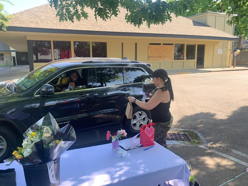 Tara Taylor, president of Single Mom Strong, celebrated single mothers with a Mother's Day drive-through in Sacramento. (Photo: Tara Taylor/Single Mom Strong)