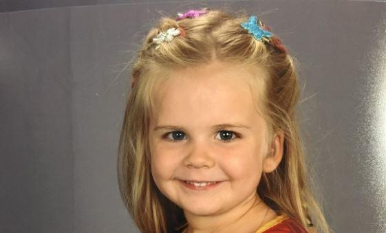 A 3-year-old girl chose her own outfit for school picture day, and she is literally our hero