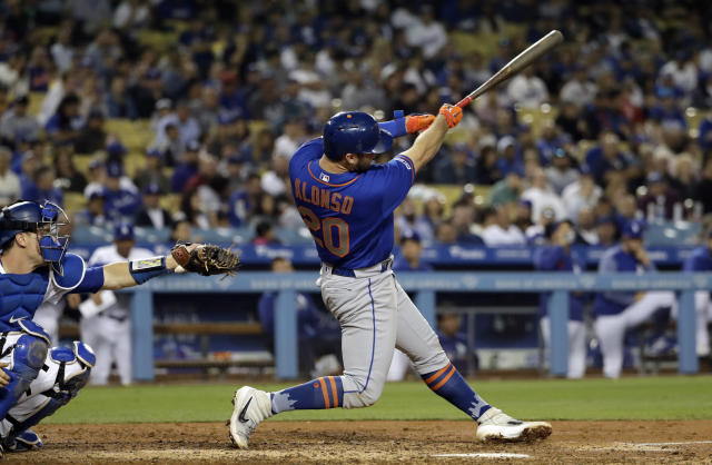 New York Mets' Pete Alonso hits a two-run home run against the Los Angeles Dodgers during the fifth inning of a baseball game Wednesday, May 29, 2019, in Los Angeles. (AP Photo/Marcio Jose Sanchez)