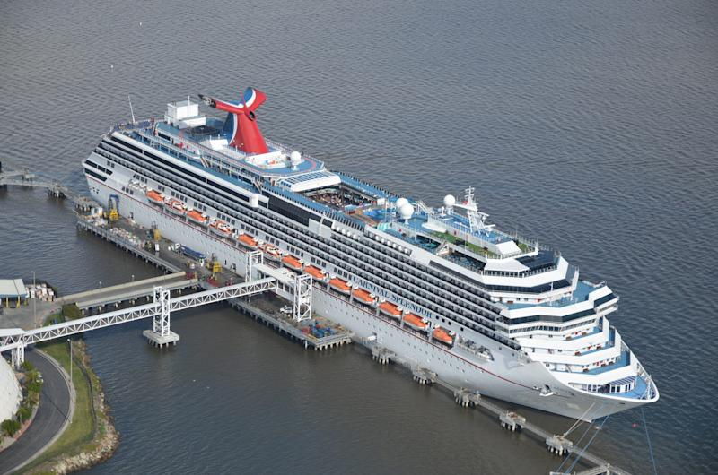 Cruise ship tours: Take a look inside Carnival Cruise Line's Carnival Splendor