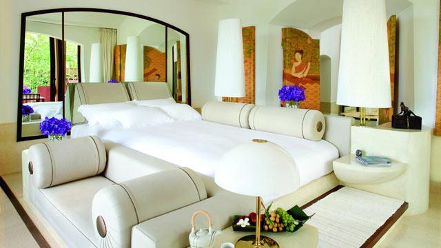 World's Largest Hotel Beds