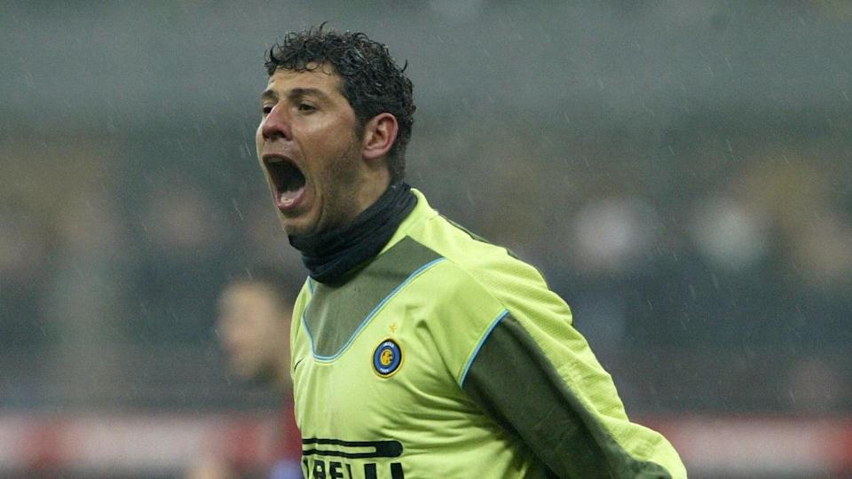 Inter Milan goalkeeper Francesco Toldo s | PAOLO COCCO/Getty Images