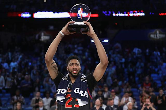 Anthony Davis could soon supplant Kevin Durant for supremacy at the Power Forward position in Yahoo Fantasy Basketball. (Photo by Ronald Martinez/Getty Images)