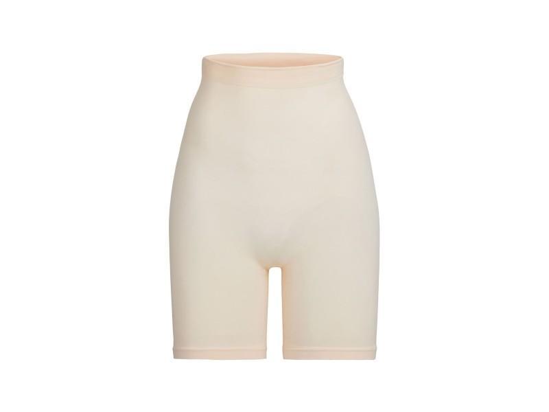 Sculpting Seamless Above the Knee Shorts. (Photo: Nordstrom)