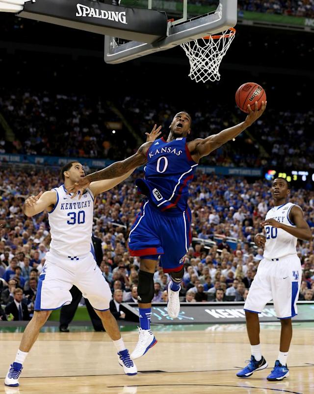 Thomas Robinson #0 of the Kansas Jayhawks goes up for a shot against Eloy Vargas #30 of the Kentucky Wildcats in the first half in the National Championship Game of the 2012 NCAA Division I Men's Basketball Tournament at the Mercedes-Benz Superdome on April 2, 2012 in New Orleans, Louisiana. (Photo by Jeff Gross/Getty Images)