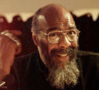 FILE - In this April 22, 1998 file photo, singer-songwriter Richie Havens speaks during a news conference in New York, to announce the first annual Native American Music Awards. Havens, who sang and strummed for a sea of people at Woodstock, has died at 72. His family says in a statement that Havens died Monday, April 22, 2013, of a heart attack. (AP Photo/Kathy Willens, File)